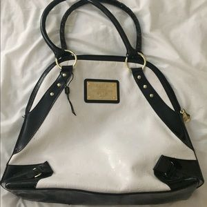 ADKMKS patent leather bag